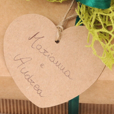 Etichetta Cuore in Cartoncino Avana con Cordino