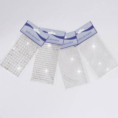 Brillanti: in foglio ø 3,4,6,8 millimetri adesivi