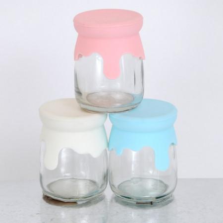 Barattoli in vetro con tappo in silicone