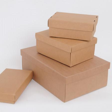 Scatole con coperchio in cartoncino avana liscio