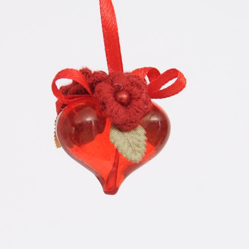cuore con fiorellini rosso