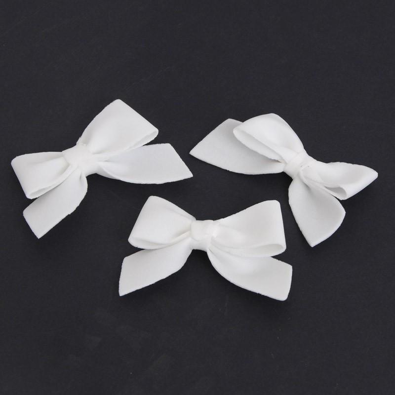 Fiocchi gommosi bianchi piccoli