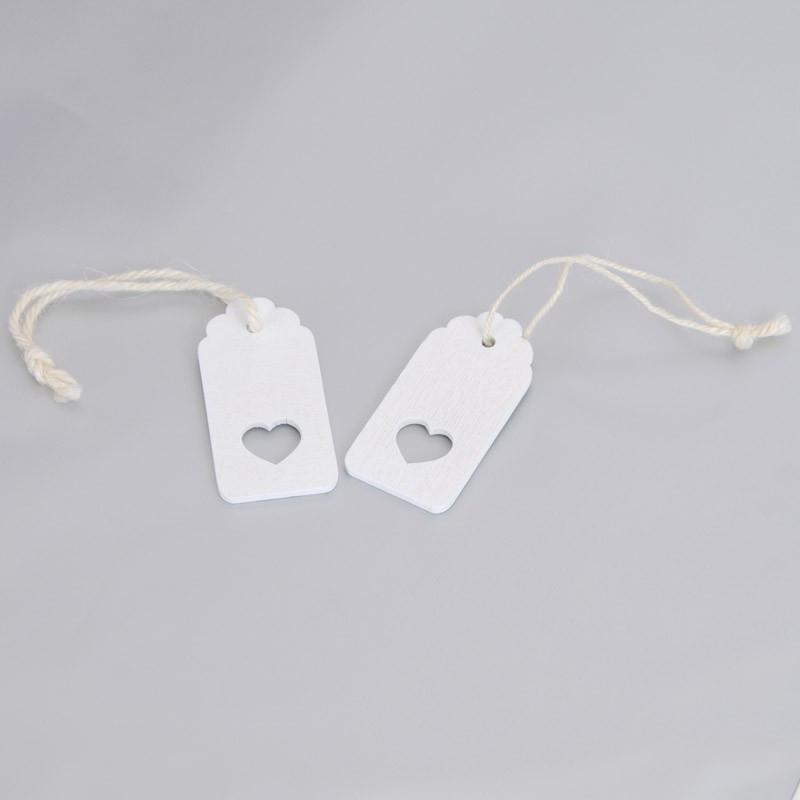 Etichetta in Legno Bianco con Cordino Cuore