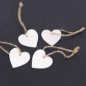 Cuori in legno bianchi