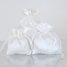 Sacchetti Bomboniera in Raso Bianco