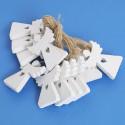 Angeli da appendere in legno bianchi