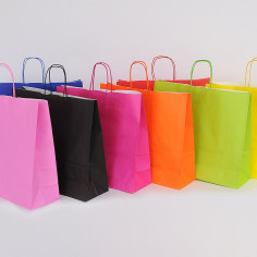 Shoppers in Carta Colorata Fashion